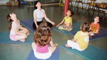 instant yoga cours collectif yoga enfants jeunes