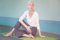 instant yoga cours de yoga pour seniors personnes agees